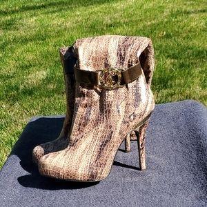Baby Phat high heels knee high boots 8.5 Ivy brown